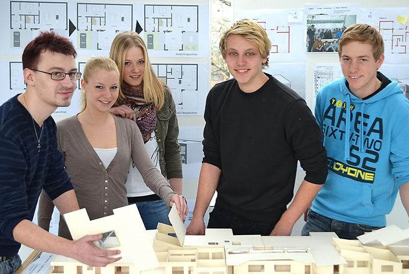 Berufsfachschüler Bau
